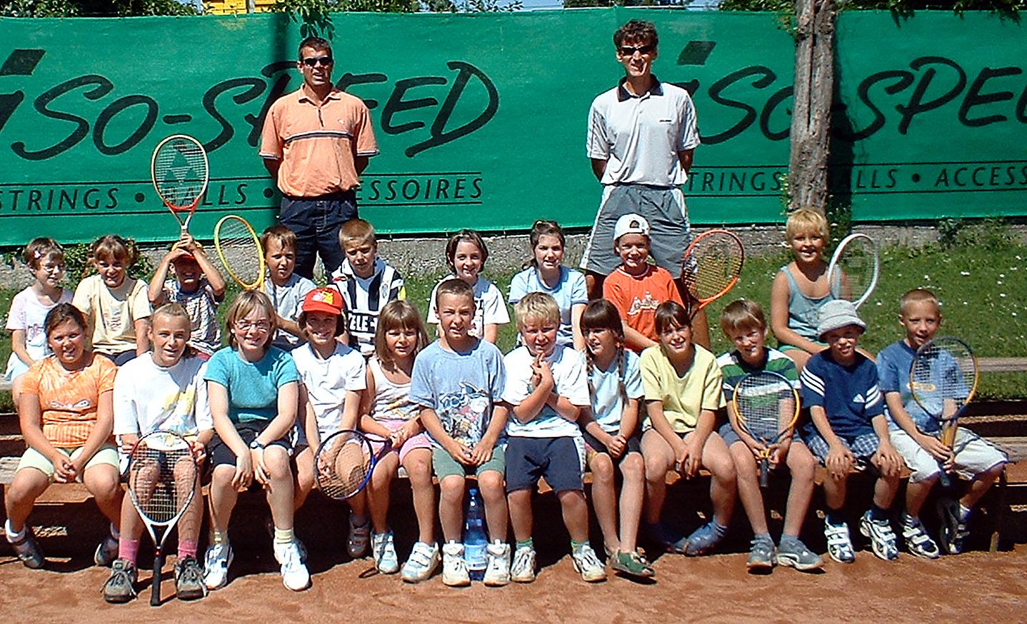 Auch 2002 unterstützt der TC Sparkasse Neunkirchen das Ferienspiel der Stadtgemeinde.