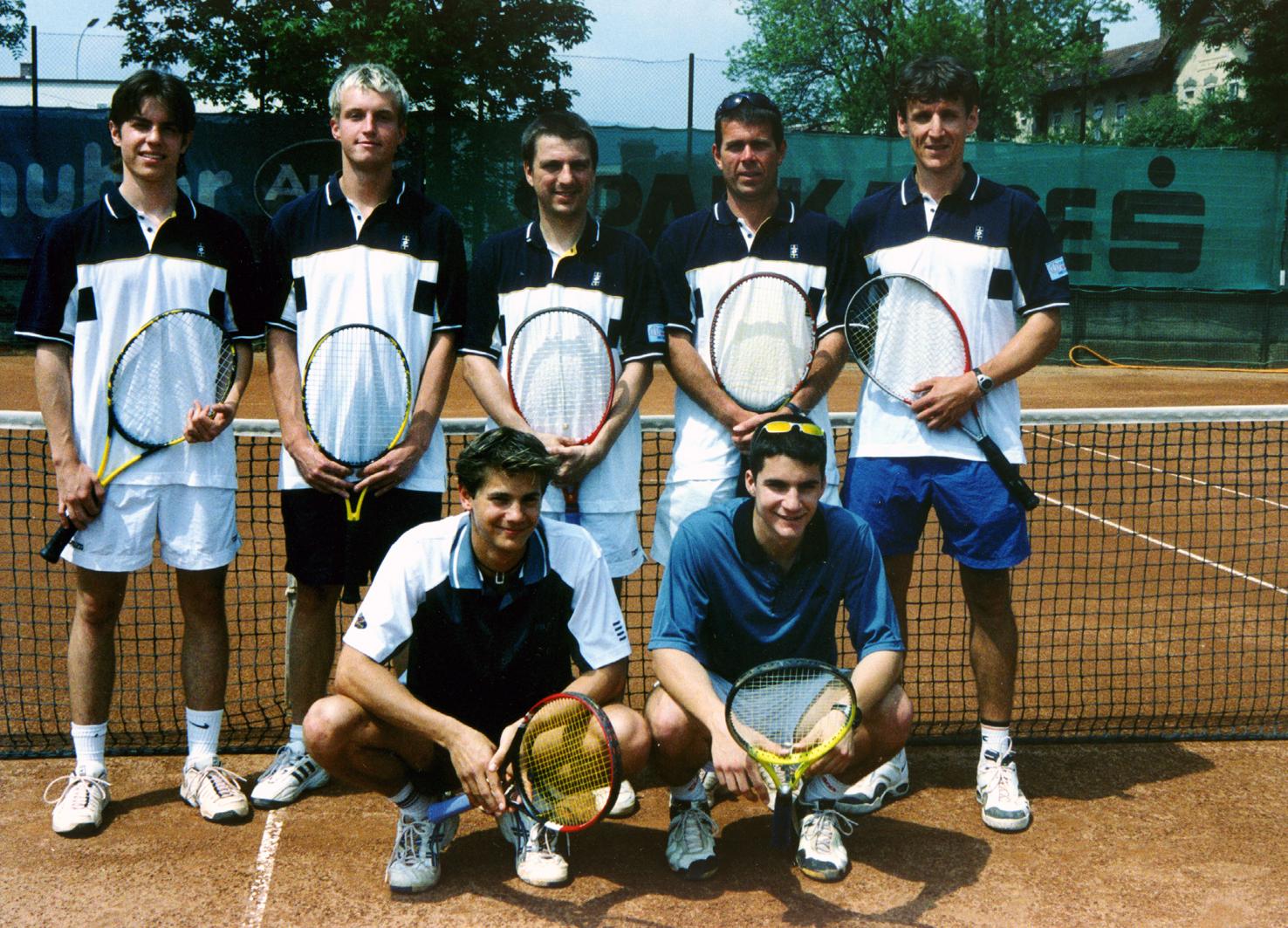 LL-Mannschaft 2002: stehend von li: Pruschak, Sumka, Wutzl, Schönowitz, Mayer, hockend von li: Nowak, Kraiger